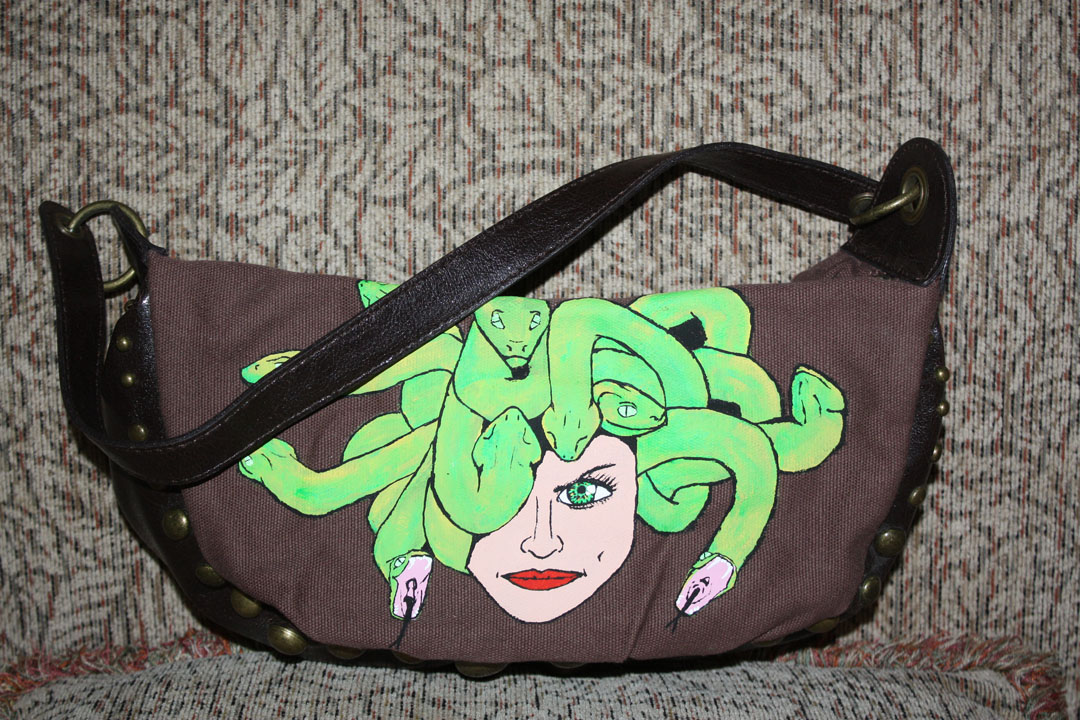 Medusa purse (Bluenotes)