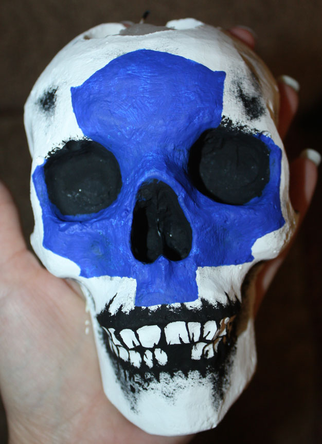 Maple Leafs Skull Sconce